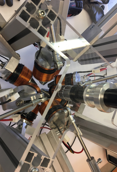 Électroaimants utilisés pour téléguider les particules magnétisées dans les modèles expérimentaux du laboratoire de l'INSA Centre-Val de Loire de Bourges ©Inserm/Joël Eyer